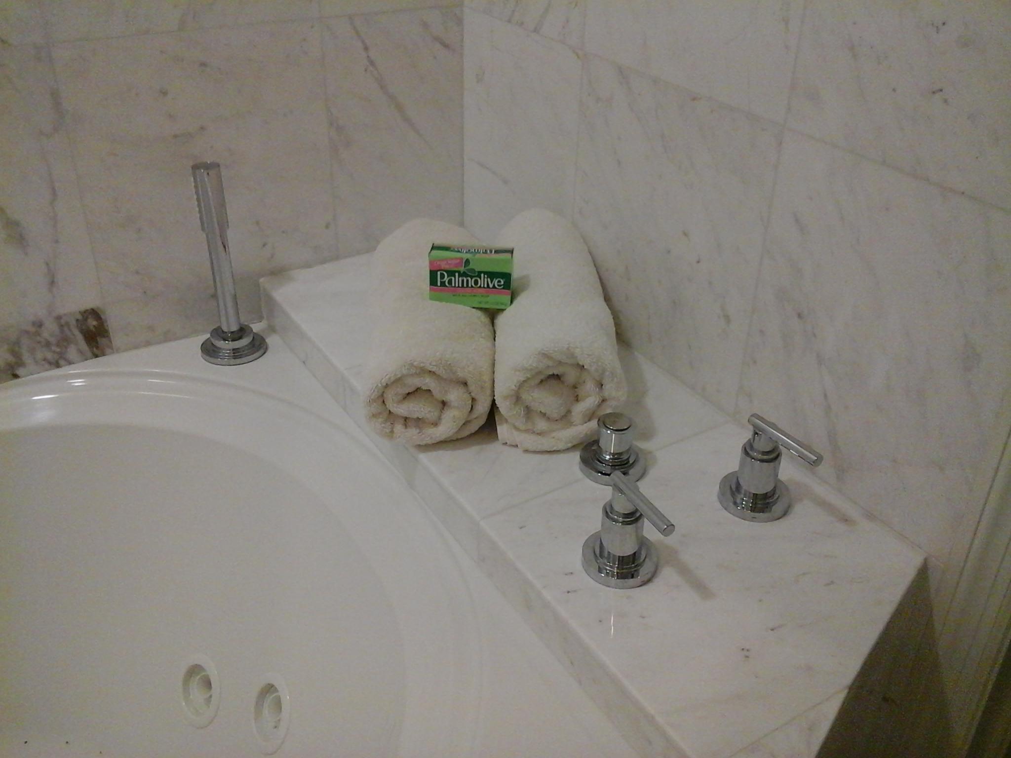 1d bathtub R